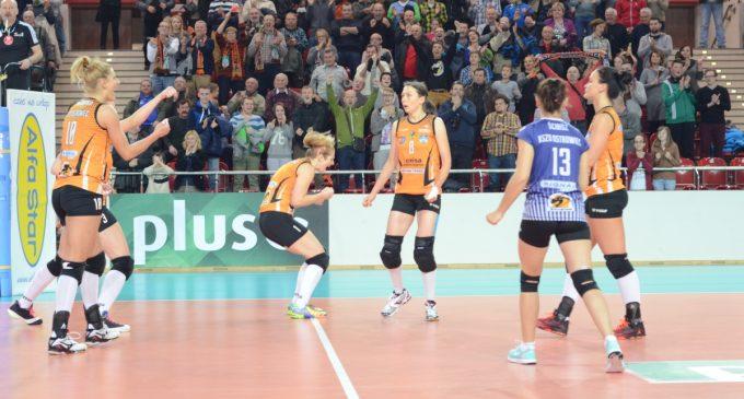 Rozstrzygnięcie konkursów przed meczem siatkarek z Impelem Wrocław