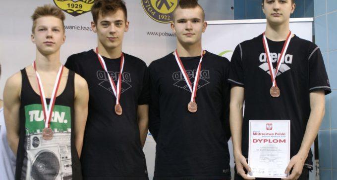 Sztafeta na medal! Najlepsi 15-latkowie na Pływalni Rawszczyzna!
