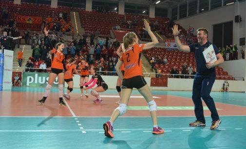 Siatkarki KSZO rozpoczęły play-off od zwycięstwa!