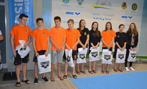Świętokrzyski Okręgowy Związek Pływacki nagrodził za start w Mistrzostwach Polski