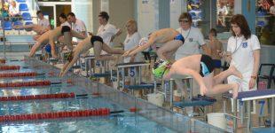 Najmłodsi pływali w Starachowicach