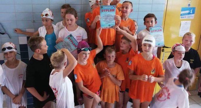 Najmłodsi pływacy też wygrali w pierwszych powakacyjnych zawodach!