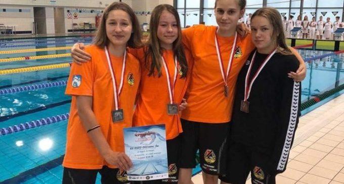 Pięć medali Mistrzostw Polski pływaków KSZO!