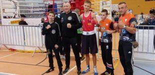 Aleks Czarnecki wyboksował brąz dla KSZO na ringu w Jedwabnie!